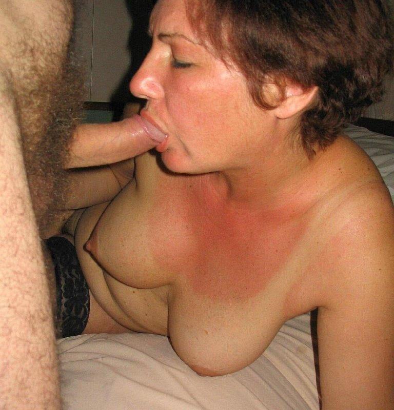 Зрелые симпатичные женщины с молодыми секс рада