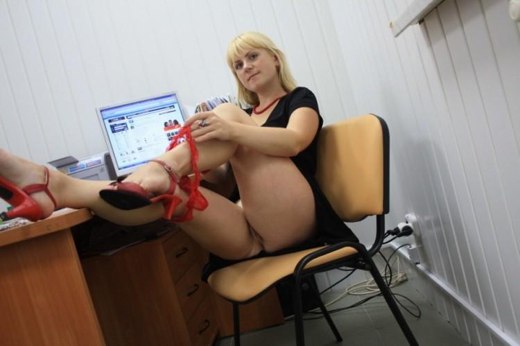 Шлюхи в офисах