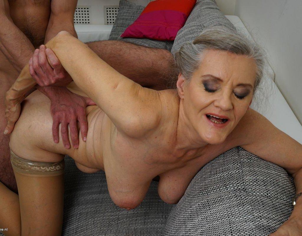 Секс Видео Бабушки